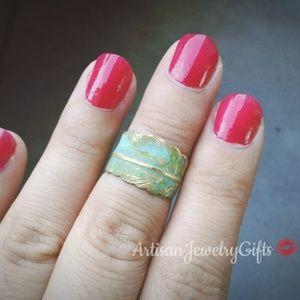 Patina Feather Midi Ring